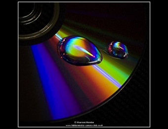 maureen-mundon-3-rainbow-droplets