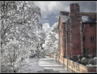 steve-ficken-harvington-hall-in-winter